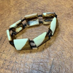 Vintage Beaded bracelet!